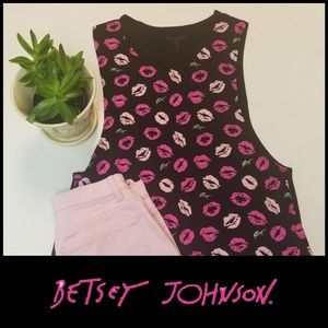 Betsey Johnson Performance Tank Lipstick Pink Sm